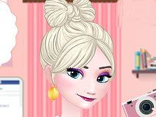 Elsa Facebook Fashion Blogger