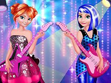 Elsa and Anna in Rock' n' Royals